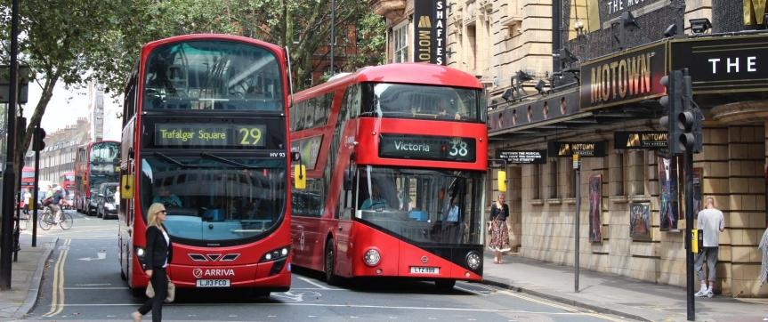 Bus oder U-Bahn – was istbesser?